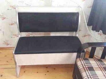 Bakı şəhərində Kuxna ucun divan stol hamisi bir yerde satilir az islenib tezedi demek