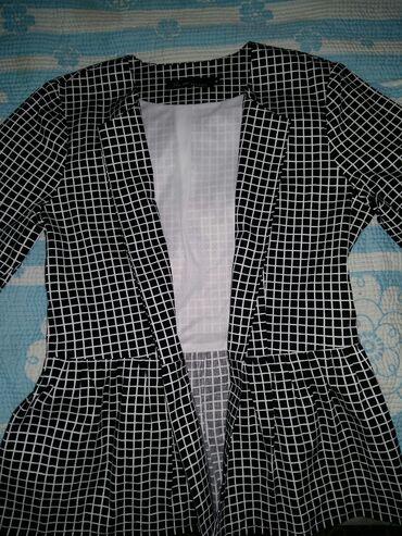 Продаю Пиджак/юбка на девочку 11-13лет. M/размер фирменная новая с