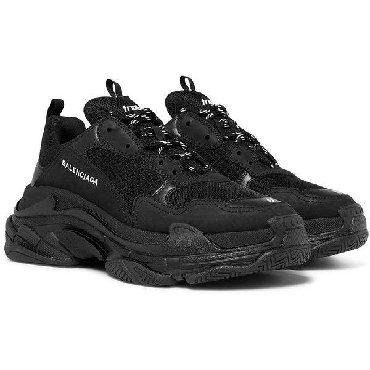 Кроссовки и спортивная обувь в Кыргызстан: Balenciaga Triple S Black 36 и 37 размер Доставка по городу