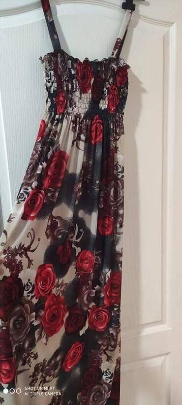 Potpuno nova, nenošena haljina sa etiketom, od prijatnog materijala