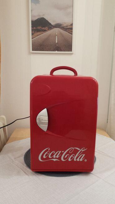 Vikendica - Srbija: Upotrebljen crvena refrigerator