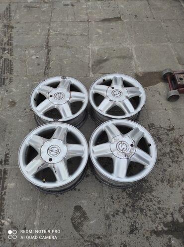 тормозные диски в Азербайджан: Opel r15 disqiler kraskasi zefdi cat svarka yoxdu