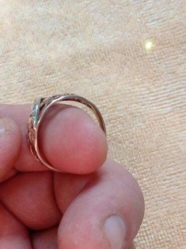 Продаю кольцо золотое проба 375размер 19Чолпон Ата