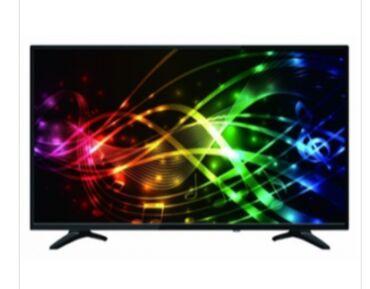 Evrolux 82 ekran televizor satilir özümündü heç bir problemi yoxdu