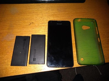 Nokia Lumnija 550  2 baterije i maska 30 evra moze i dogovor - Batocina
