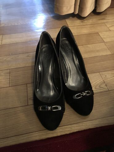 Женская обувь в Беловодское: Женские туфли