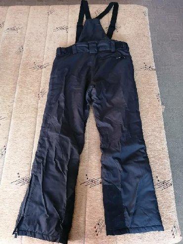Muške Pantalone | Smederevo: SKI pantalone, muške marke IGUANA. Crne, veličina L (52). Korišćene 9
