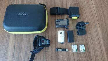 чехол для sony xperia в Кыргызстан: Sony экшн-камера HDR-AZ1 в комплекте дистанционным управлением, с 2