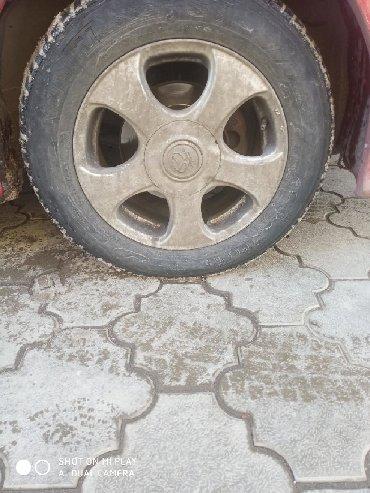 автобазар ниссан в Кыргызстан: Диски универсальные R15 + шины   195/65/r15.   Сверловка 5*114.3, 4*11