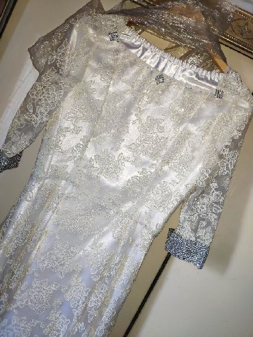 шелковое платье в пол в Кыргызстан: Платье в пол на Кыз узатуу! Неописуемо нежное, красивое, сшито по инди