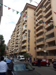 Bakı şəhərində Mənzil kirayə verilir: 4 otaqlı, 187 kv. m., Bakı