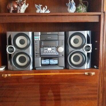 музыкальные центры в Кыргызстан: Продаётся музыкальный центр