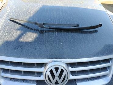 Xırdalan şəhərində Cüt dvornik Volkswagen touareg üstən çıxma