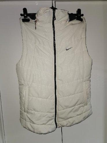 Ostalo   Majdanpek: Nike prsluk bele boje vel. L