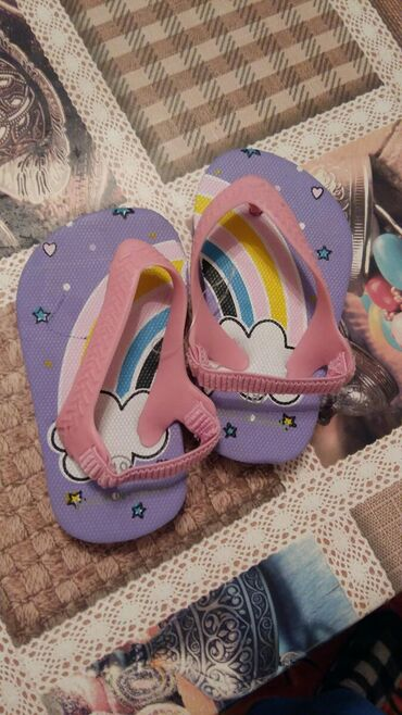 детские-обувь в Балыкчы: Дедские босоножки 18 20 размер новый г. Балыкчы