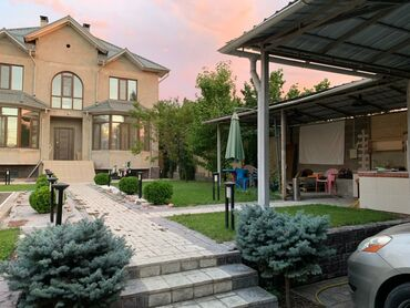 Самоклейка на окна - Кыргызстан: Продам Дом 390 кв. м, 7 комнат