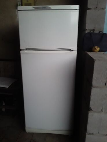 usaq ucun iki mertebeli kravat в Кыргызстан: Требуется ремонт Двухкамерный холодильник Stinol