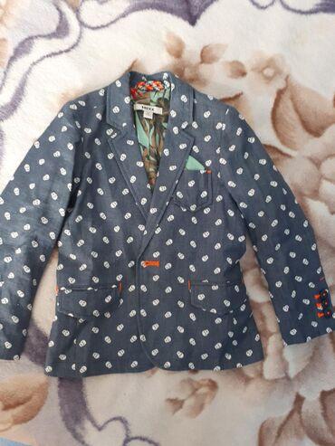 Легкий стильный пиджак на мальчика 3-4года.фирмы Mexx.состояние нового