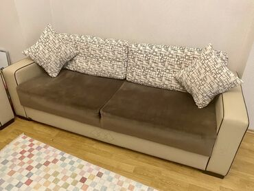 Satilir, ikinci el divan ve kreslo. Yaxsi veziyyetdedir. 3 neferlik