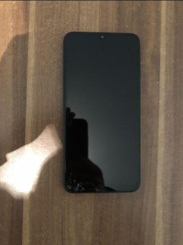 İşlənmiş Samsung A10 32 GB qara