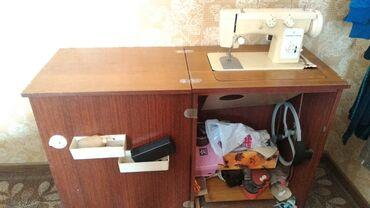 Швейный механик - Кыргызстан: Швейная машинка чайка 142 - М. Отличное состояние! Продаю бытовую