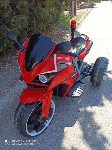 motosklet - Azərbaycan: Satılır uşağ üçün motosklet 220.azn ünvan Sumqayıt heç bir problemi