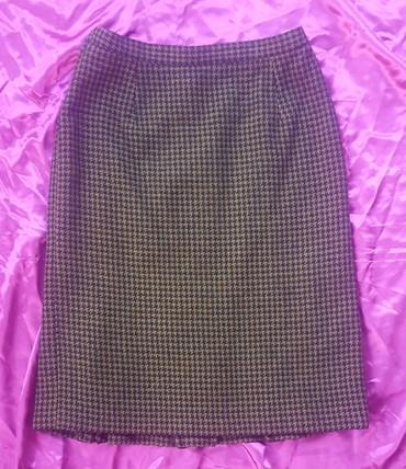 Runske vune - Srbija: Vunena suknja, vel. 42/44 proizvedena u Jugoslaviji. Označena veličina