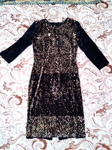 Личные вещи - Джалал-Абад: Жалал - Абад. Платье в идеальном состоянии, носила 2раза. Размер 42,44