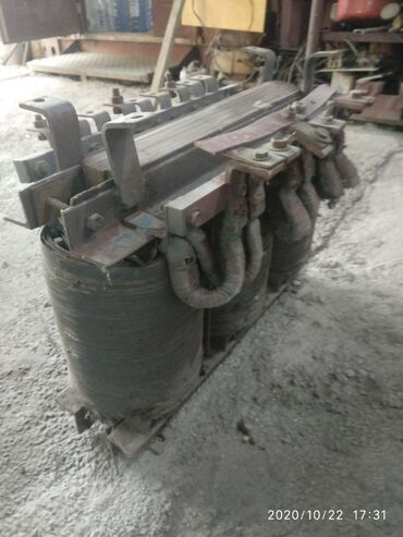 Электромонтажное оборудование - Бишкек: Продаю 3-х фазный трансформатор 380в-36в -45в мощностью 30-40 квт
