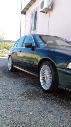 Bakı şəhərində BMW 520 2001