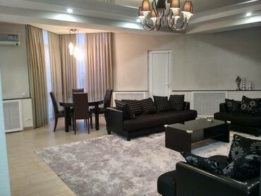 Apartment for rent: 3 bedroom, 140 sq. m, Bishkek