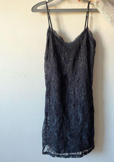 Prelepa Zara haljinica, s veličina. Jednom obučena. Placena 4990din