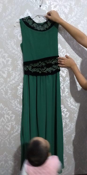 зеленые шузы в Кыргызстан: Платья в пол.  цена зелёная 1500 бежевый 1000 размер 42-44