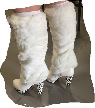 Сапоги белые 37 размера  можно носить и в Бишкек