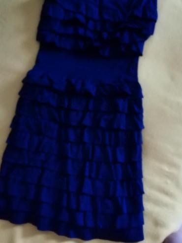 Kraljevski plava haljina, odlicno kvaliteta. Jednom nosena... Boja - Belgrade