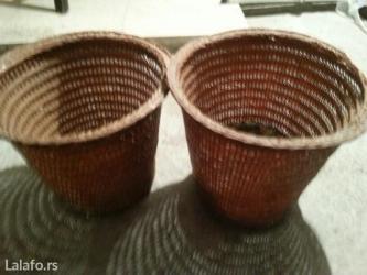 Kućni dekor - Crvenka: Pletene ukrasne saksije obim je 22 cm made in Indonesia
