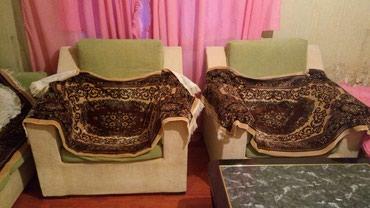 Gəncə şəhərində Divan ve iki kreslosu divani iki neferlik yataqda olur..