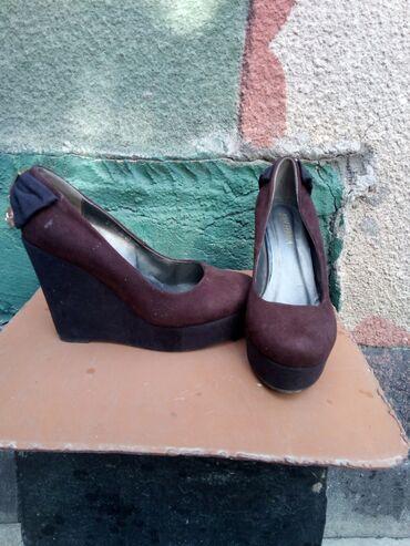 shlepki tanketka в Кыргызстан: Осенние туфли на платформе! 38 размер, обули 1 раз, в идеальном