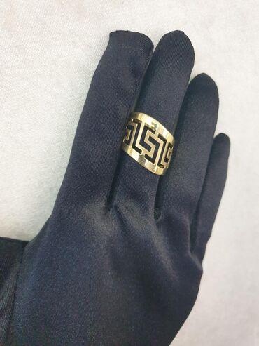 versace muzhskaja odezhda в Кыргызстан: Шикарное золотое кольцо Versace. Размер17,5. Италия