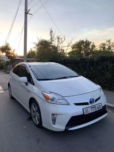сколько стоит тестомесильная машина в Кыргызстан: Toyota Prius 1.8 л. 2013