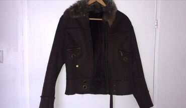 Prelepa ženska jaknica od prevrnute kožeObučena je par puta, kao
