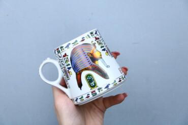 196 объявлений | ДОМ И САД: Чашка з єгипетським принтом   Висота: 9 см Діаметр: 7 см  Стан гарний