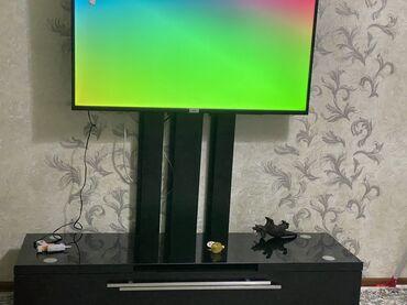 Продаю подставку под телевизор Почти новый Купили за 9000 тысяч продаю