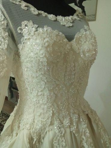 Сдаю свадебное платье на прокат. в Бишкек