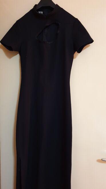 Duga leprsava haljina - Crvenka: ZARA-CRNA DUGACKA HALJINA RUPOM NA DEHOLTEU VEL S-M MADE IN ITALY