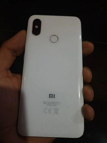 Xiaomi Mi 8 128 ГБ Белый