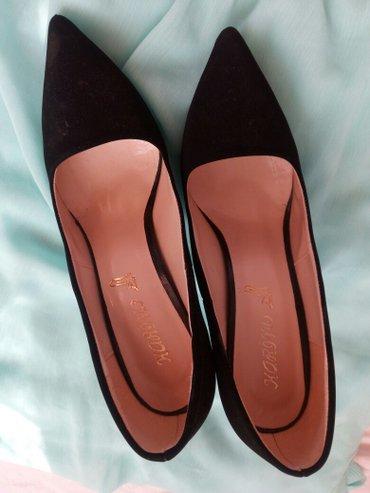 Cipele zenske  br.38,  duzina gazista 25 cm duzina stikle 10 cm - Nis