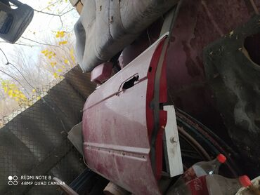 запчасти на бмв е34 в Кыргызстан: Продаю запчасти на бмв е34,дверикапотбагажник,молдингивокумный