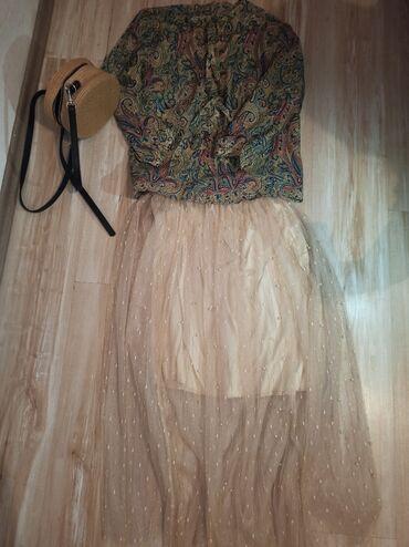 Suknja sa perlicama Suknja je uni velicine (nova)Suknja i bluza u