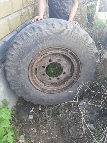 Шины и диски - Бишкек: Срочно продаю шина грузовой